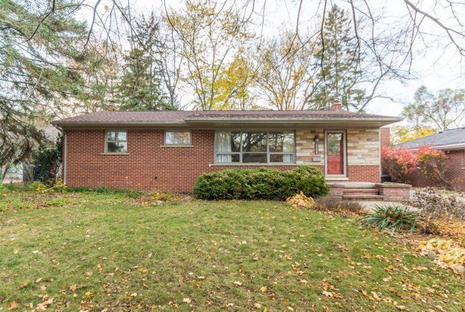 934 Raymond Street Ann Arbor, MI 48103