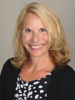 Suzy Curtis - Reinhart Realtors