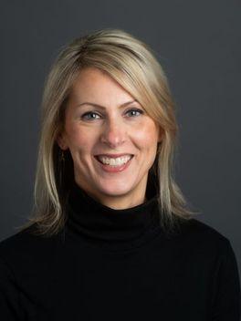 Courtney Bersuder - Reinhart Realtors