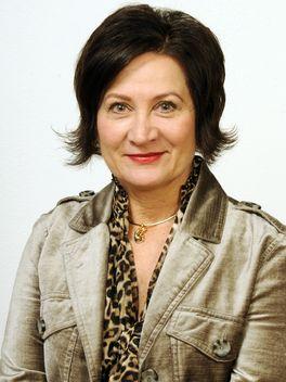Nadine Alpern - Reinhart Realtors