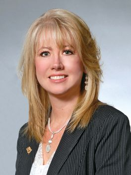 Shelley Scott - Reinhart Realtors