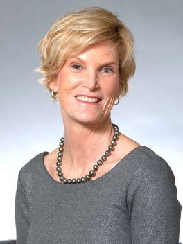 Lisa Stelter - Reinhart Realtors