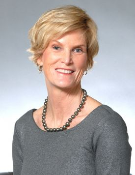 Photo of Lisa Stelter