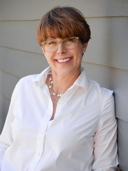 Deb Odom Stern - Reinhart Realtors