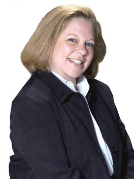 Jennifer Fry - Reinhart Realtors