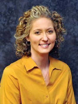 Nancy Arnold - Reinhart Realtors