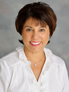Liz Rauser - Reinhart Realtors