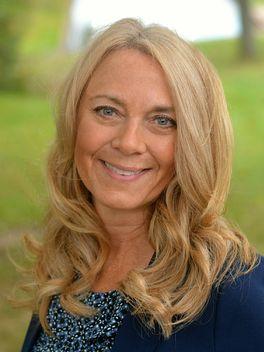 Julie Greene - Reinhart Realtors